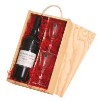 PORT GIFT BOX WITH CRYSTAL GLASSES
