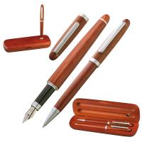 Rosewood pen set in stylish case. brown